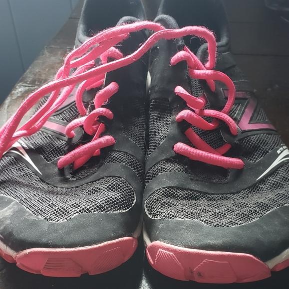 👟New Balance Shoes
